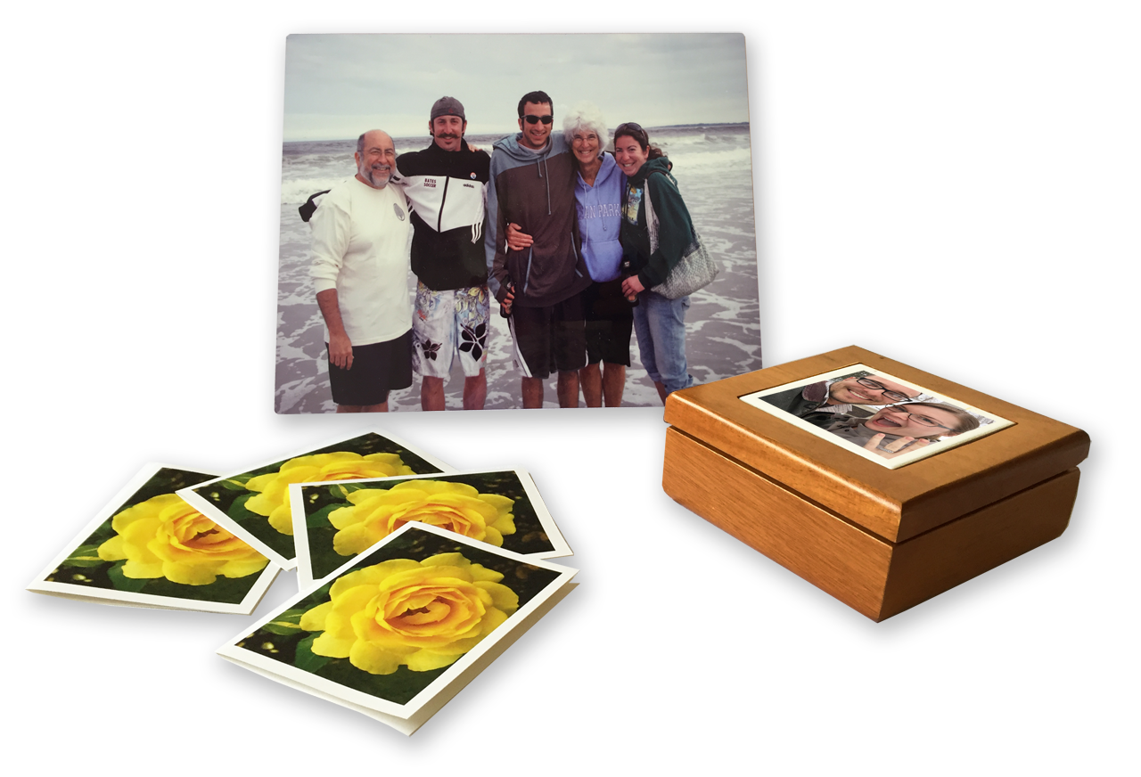 Your photos can be imprinted on our personalized products such as notecards, wooden treasure boxes and art plaques.